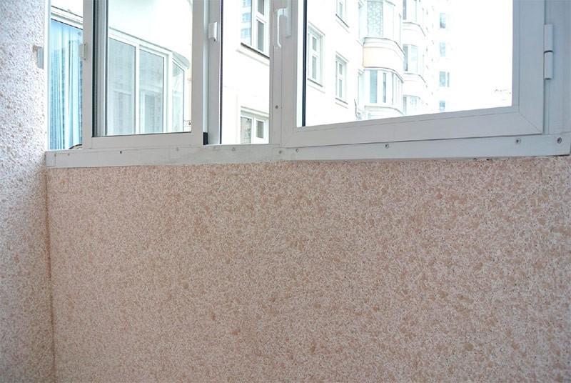 жидкие обои на балконе
