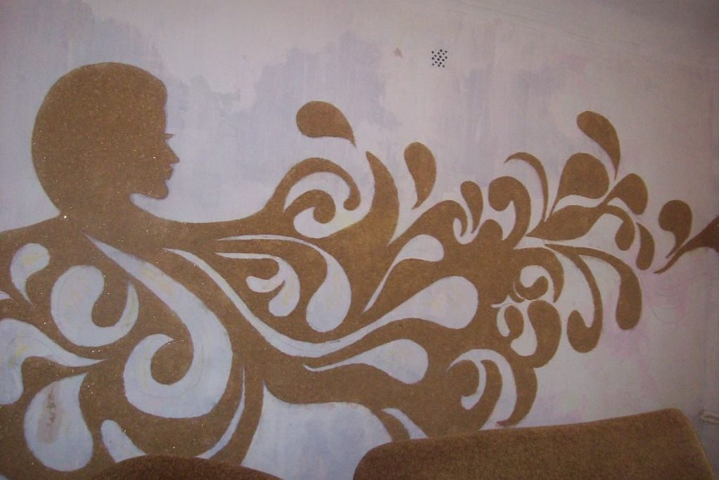 Рисунки на стенах жидкими обоями в Виннице